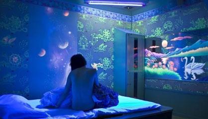 Светящиеся обои для спальни