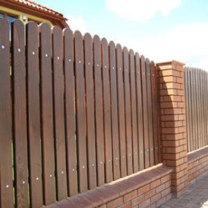 Деревянный забор, как построить. Инструкция и фото заборов.